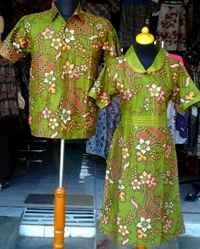 SD239_batikpekalongan_sarimbit_dress_kerahsegitiga_kombinasibunga_vysa