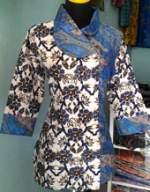 BK661_batikpekalongan_blus_katun_kimono_kembangputih_mahadewi